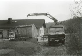 Die Baubude wird abgeholt